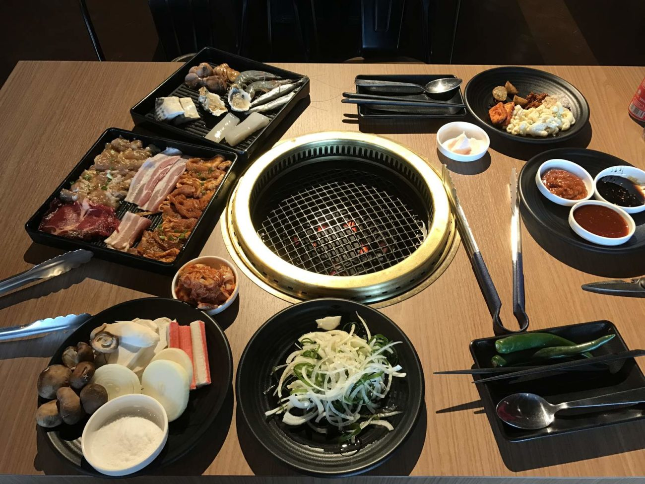 Modern Self Grilling Bbq Restaurant Kg Korean Charcoal